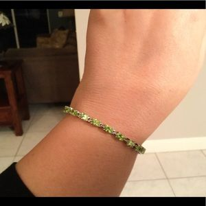 Jewelry - Peridot tennis bracelet, sterling, 7.5 inches